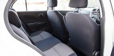 Perbandingan Interior Nissan New March vs. Suzuki Celerio