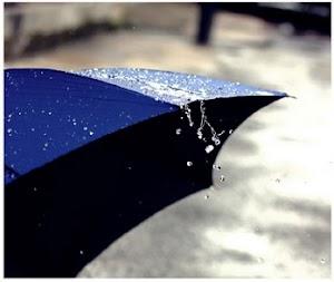 Jika Ingin Pelangi, Kau Harus Menerima Hujan