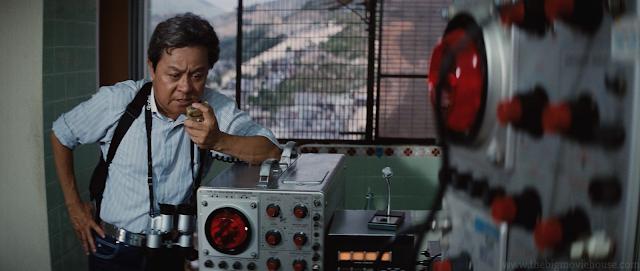 Uncle Bill takes on a walkie talkie