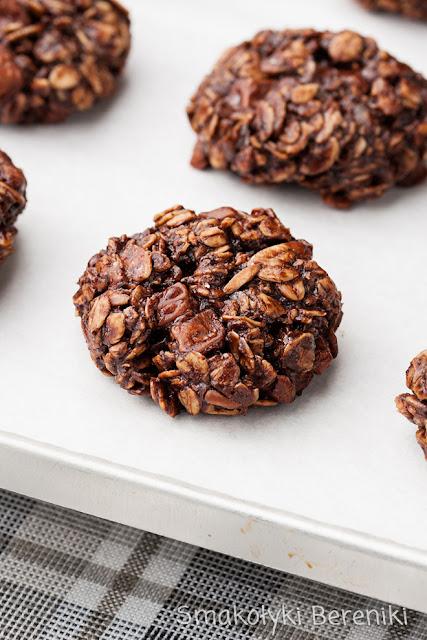 Ciasteczka owsiane z kawałkami czekolady