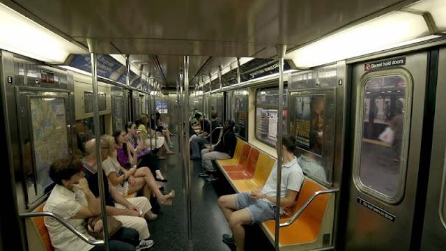 Trens do metrô de Nova York