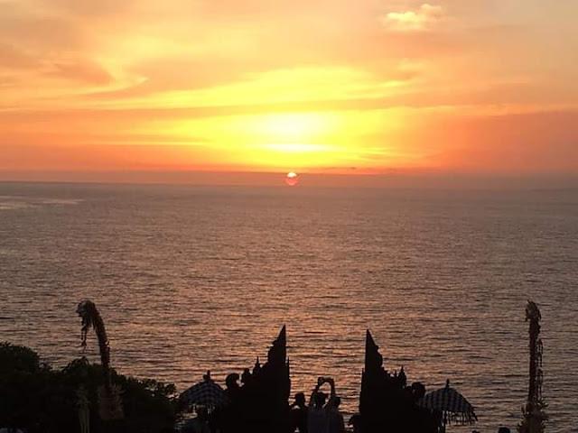 Pantai yang sangat indah dengan sunset view