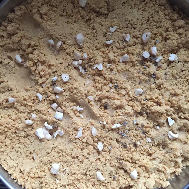 Besan-Ladoo-Recipe-Step-9