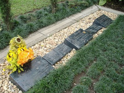 tumba pablo escobar el patr243n tumbas de famosos