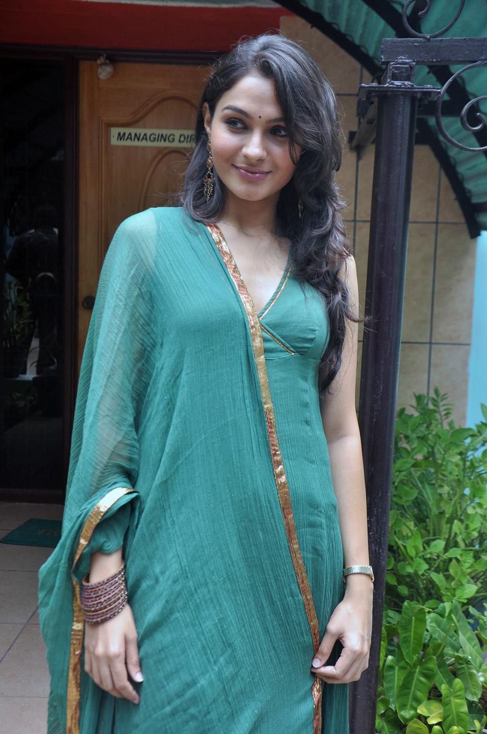 Chopra Sexy Photo
