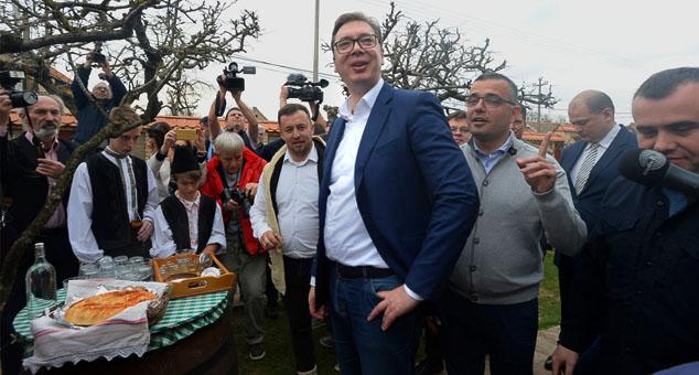 #Vučić #Hrana #Sirotinja #Ucena Miting #Podrška #Prisila #Strah