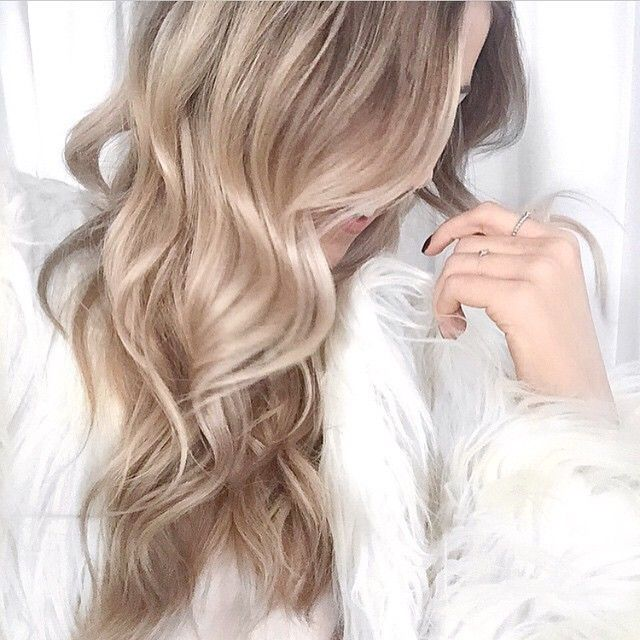 Adorable Beige Blonde Hairstyles! - The HairCut Web