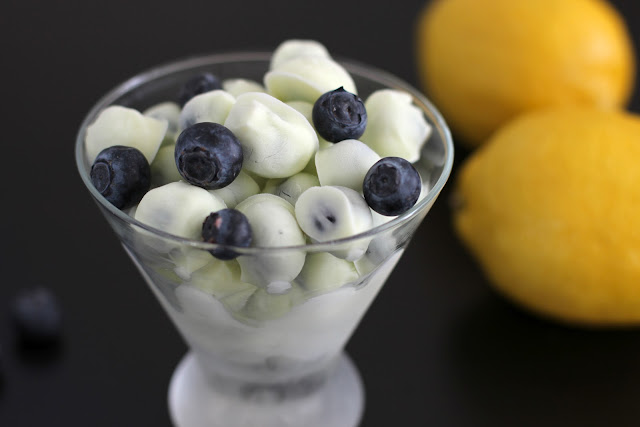 Healthy Lemon Frozen Yogurt Covered Blueberries | Healthy Dessert Recipes with sugar free, low calorie, low fat, high protein, gluten free, dairy free and vegan options at the Desserts With Benefits Blog (www.DessertsWithBenefits.com)