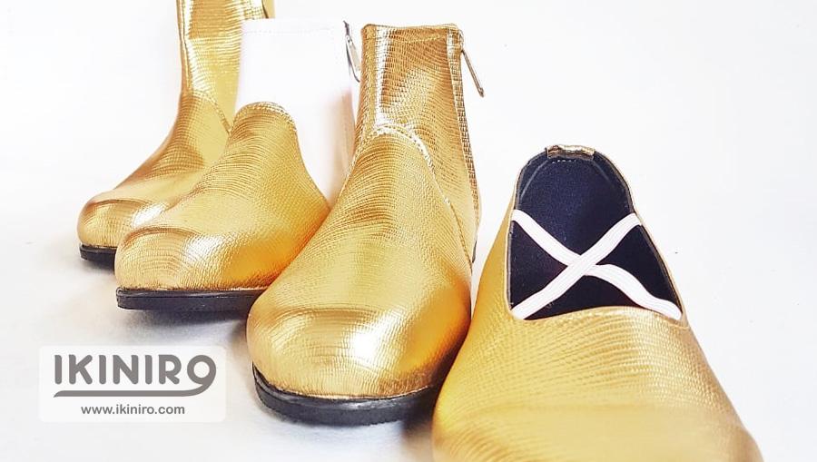 sepatu drumband emas