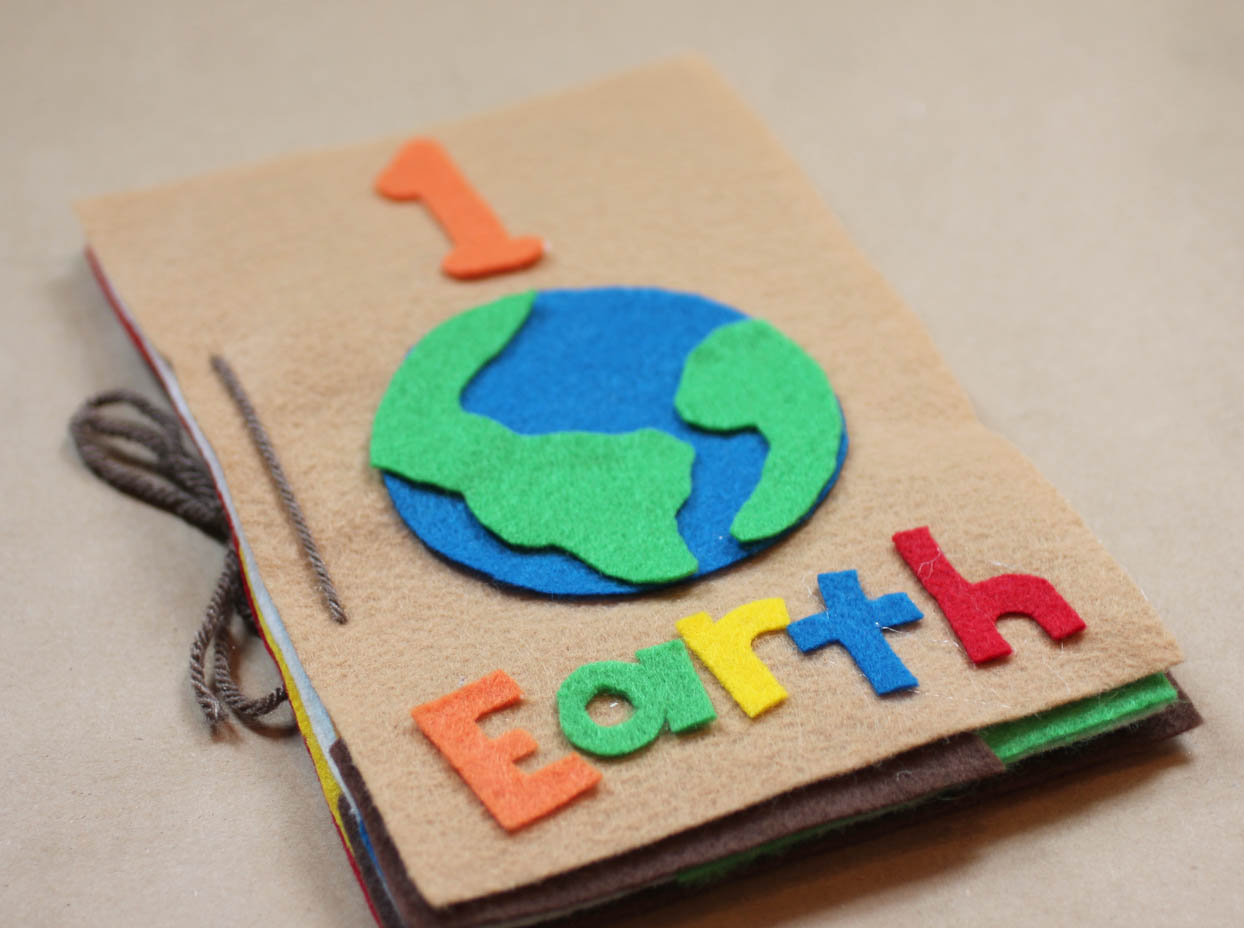 Earth day felt counting book repeat crafter me for Art and craft books for kids