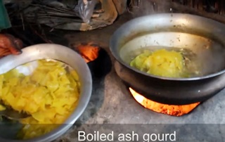 Village Food | Ash gourd and fish head pituli