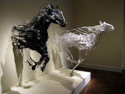 Esculturas de caballos  Sayaka Ganz