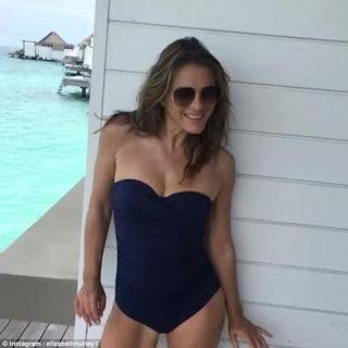 Elizabeth Hurley poses for sizzling bikini