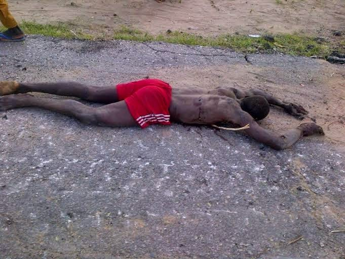 2 Viewers Discretion Is Adviced!! See Pics Of Boko Haram Militants Nilled By Nigerian Troops (Graphic Photos)