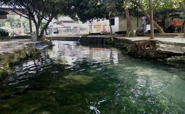 Kolam Pemandian Alami di PAS Timuran, Kecamatan Jawmaraja Bah Jambi