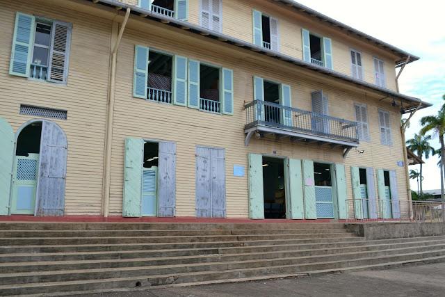 Guyane, Cayenne, visite historique, petit train Koati, jardin botanique