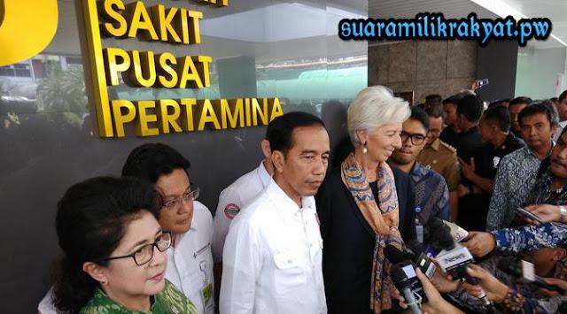 Presiden Jokowi dan Managing Director IMF Christine Lagarde blusukan ke rumah sakit