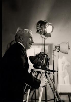 "Чарльз Чаплин на съемках ""Короля в Нью-Йорке"""