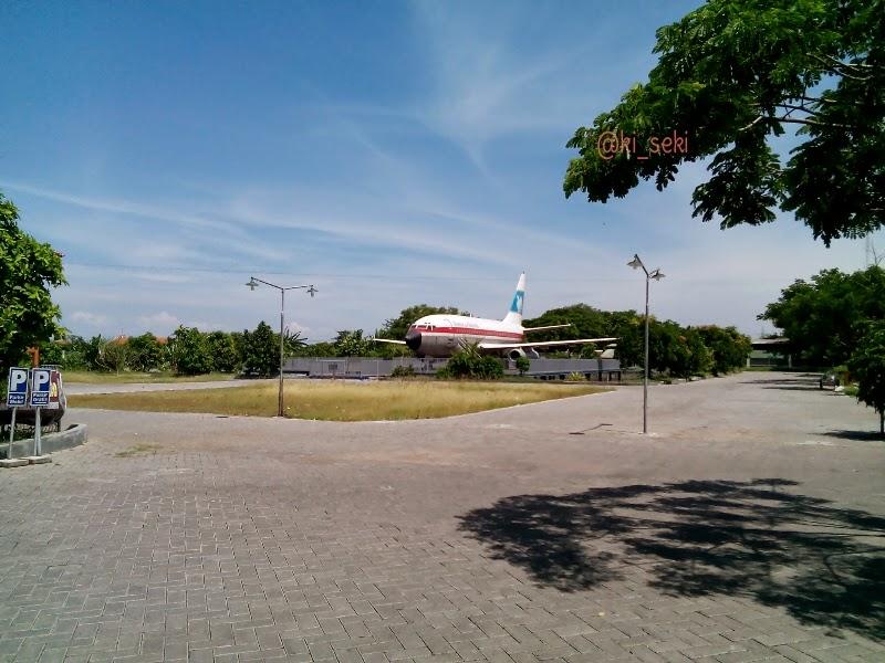 Boeing-737-200