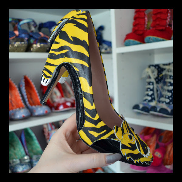 moschino cheap & chic tiger shoes