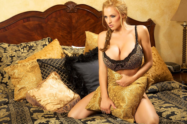 Jordan-Carver-Wild-Things-hot-sexy-hd-pic-7