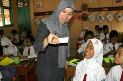 2 Cara Sederhana untuk Menjadi Guru yang Baik