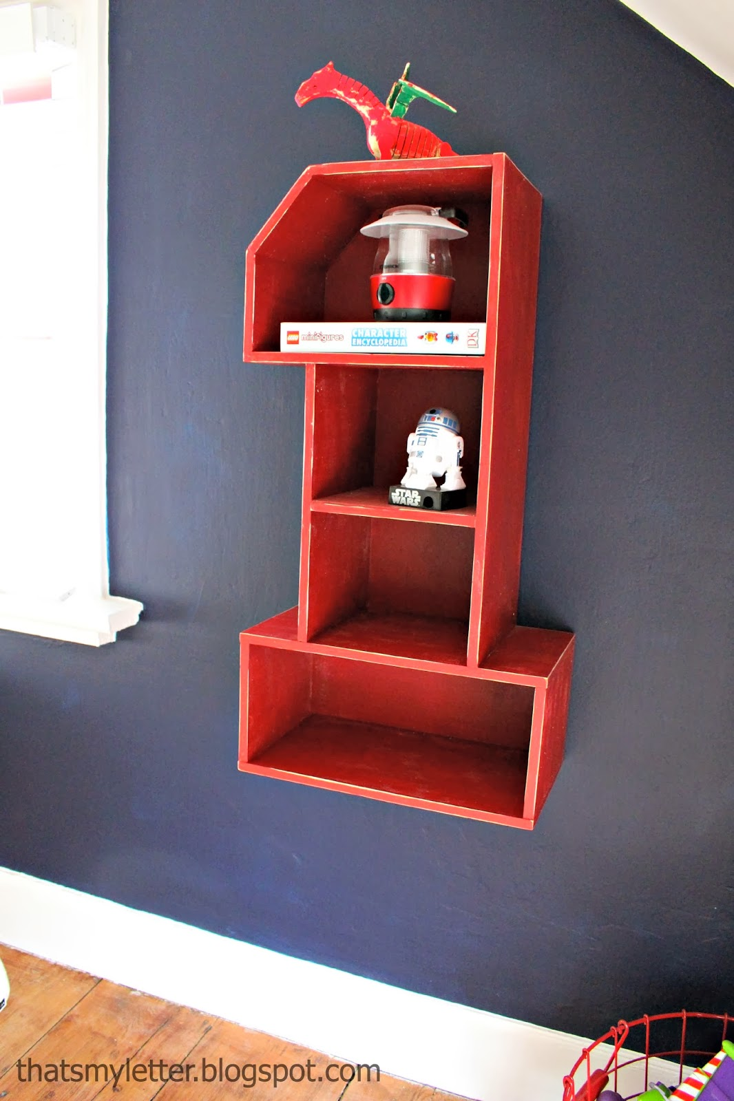 diy number 1 shelf