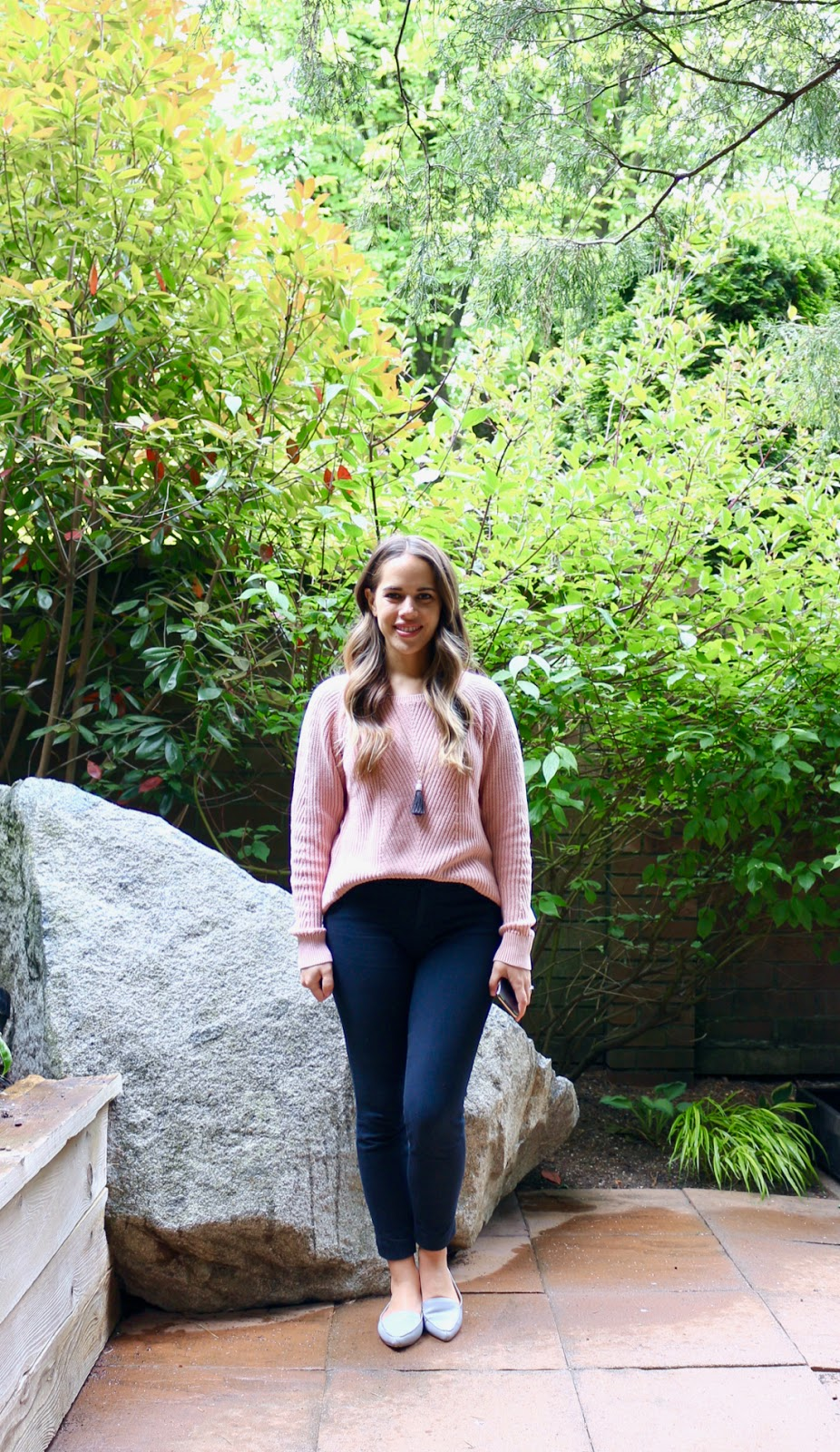 Jules in Flats - Gap Pink Lightweight Sweater (Business Casual Spring Workwear on a Budget)