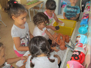 https://goo.gl/photos/uYwj8b61hN9B84n16