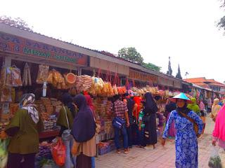 Pasar Telaga Sarangan