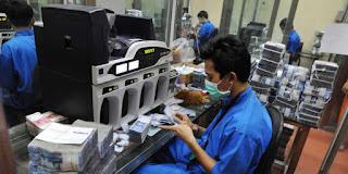 Gaji Karyawan Bank Indonesia,syarat pegawai bank,gaji pegawai kontrak,bank indonesia,gaji bank indonesia,gaji pegawai ojk,daftar nama,karyawan bank,gaji pkwt bank,gaji kasir bank,gaji karyawan,