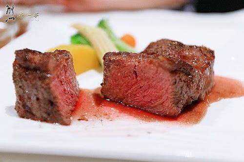 三峽北大學成路美食餐廳