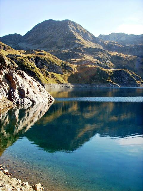 légende du lac Bleu Pyrénées occitanie