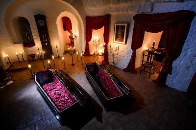 Sortean entradas para dormir en la casa de Drácula. ¿Te apuntas?
