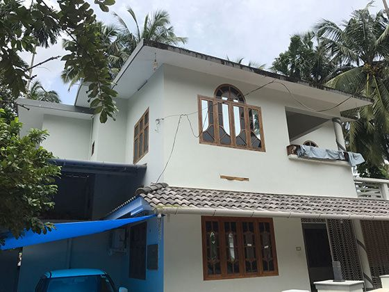 House before renovation in Kerala
