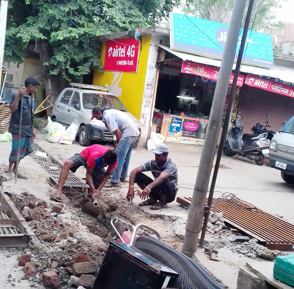 चालु काम करके कर रही नगरपालिका खाना पूर्ति-nagarpalika-doing-bad-work-in-jhabua