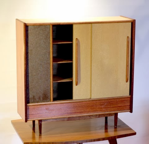 chicbaazar objets vintage 50 60 70 superbe petite. Black Bedroom Furniture Sets. Home Design Ideas