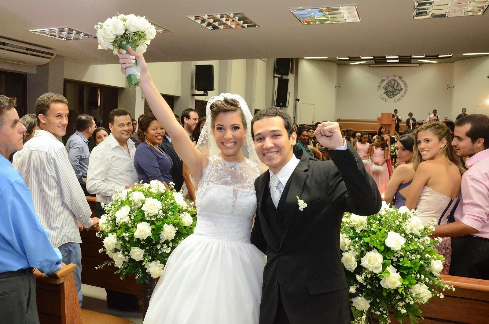 cerimônia - altar - noivos - saída dos noivos
