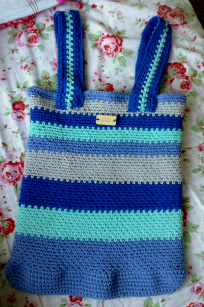 Crochet grocery bag (photo by Marian) | Happy in Red