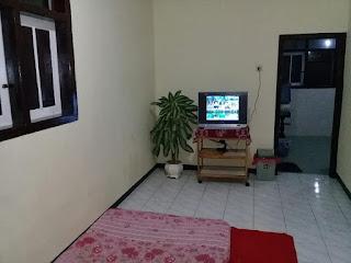 Homestay Di Kota Batu Malang | 2 Homestay Berjajar
