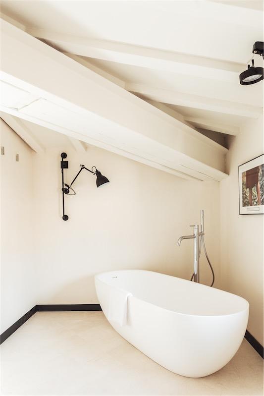 Sant Francesc hotel singular en Mallorca bathroom chicanddeco