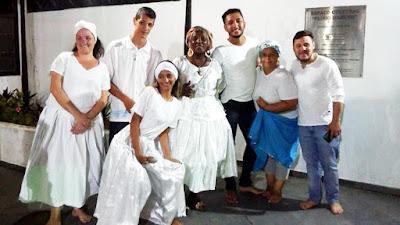 """Poesia, danças, música e emoção no Sarau multicultural """"África Brasil"""""""