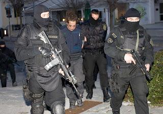 Ποιους εξυπηρετεί η τρομοκρατία στην Ελλάδα;