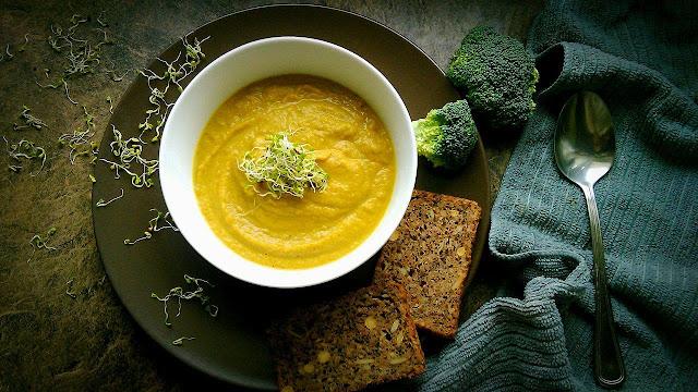 Jak ugotować dietetyczny krem z brokułów ?