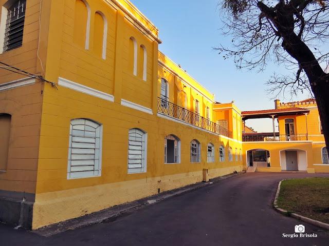 Vista da fachada interna do Museu da Polícia Militar de São Paulo - Luz - São Paulo