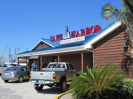 If You Want Fresh Seafood Right Off The Boats And Dockside Informal Dining Jacksonville S Safe Harbor Restaurant Is For
