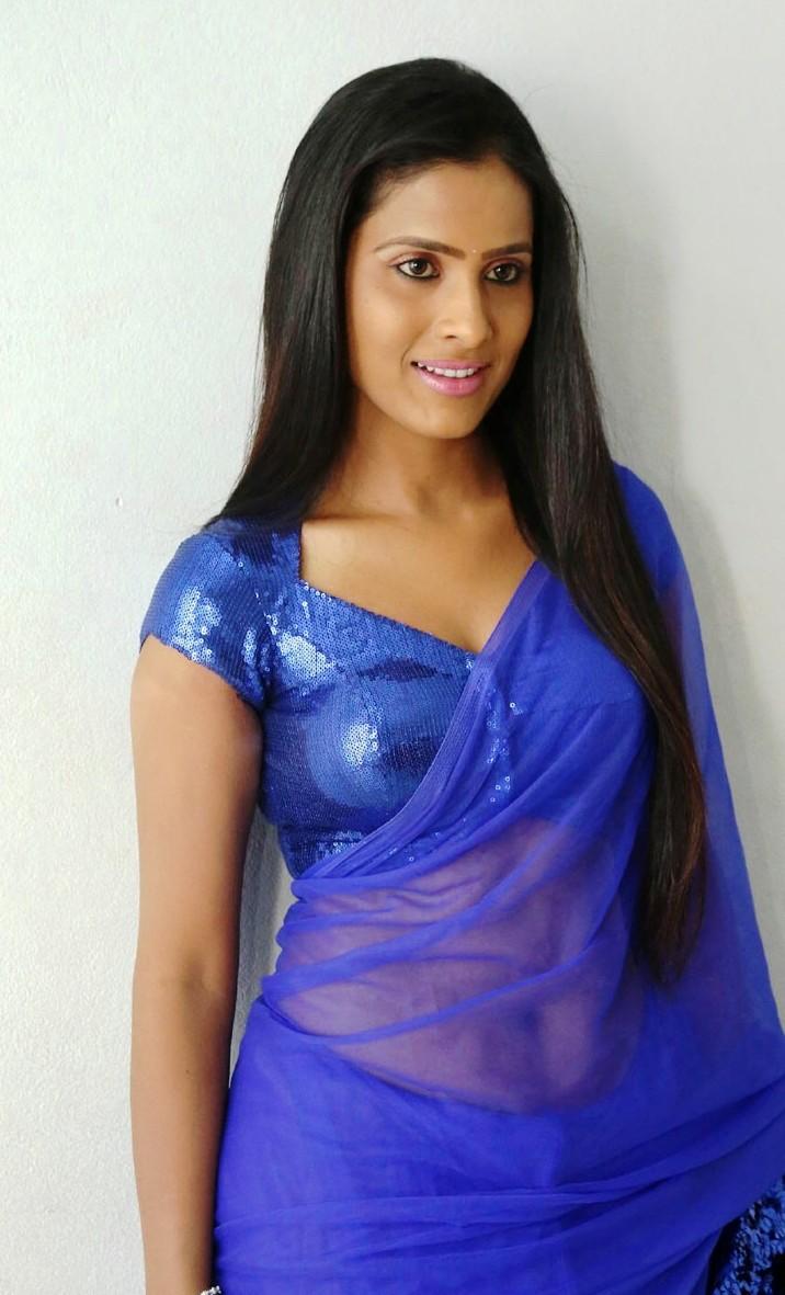 telugu anchor prasanthi hot dance - googlepichi.blogspot.com