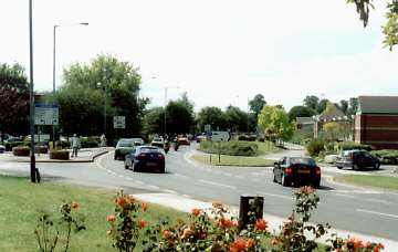 Many Visitors To Stratford Upon Avon Arrive By Car There Are Two Large Parks On The Warwick Side Of Town Near River And Well Sign Posted Just