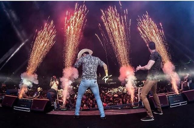 Bruno & Barretto animam a noite de sexta na Expoac em Cacoal