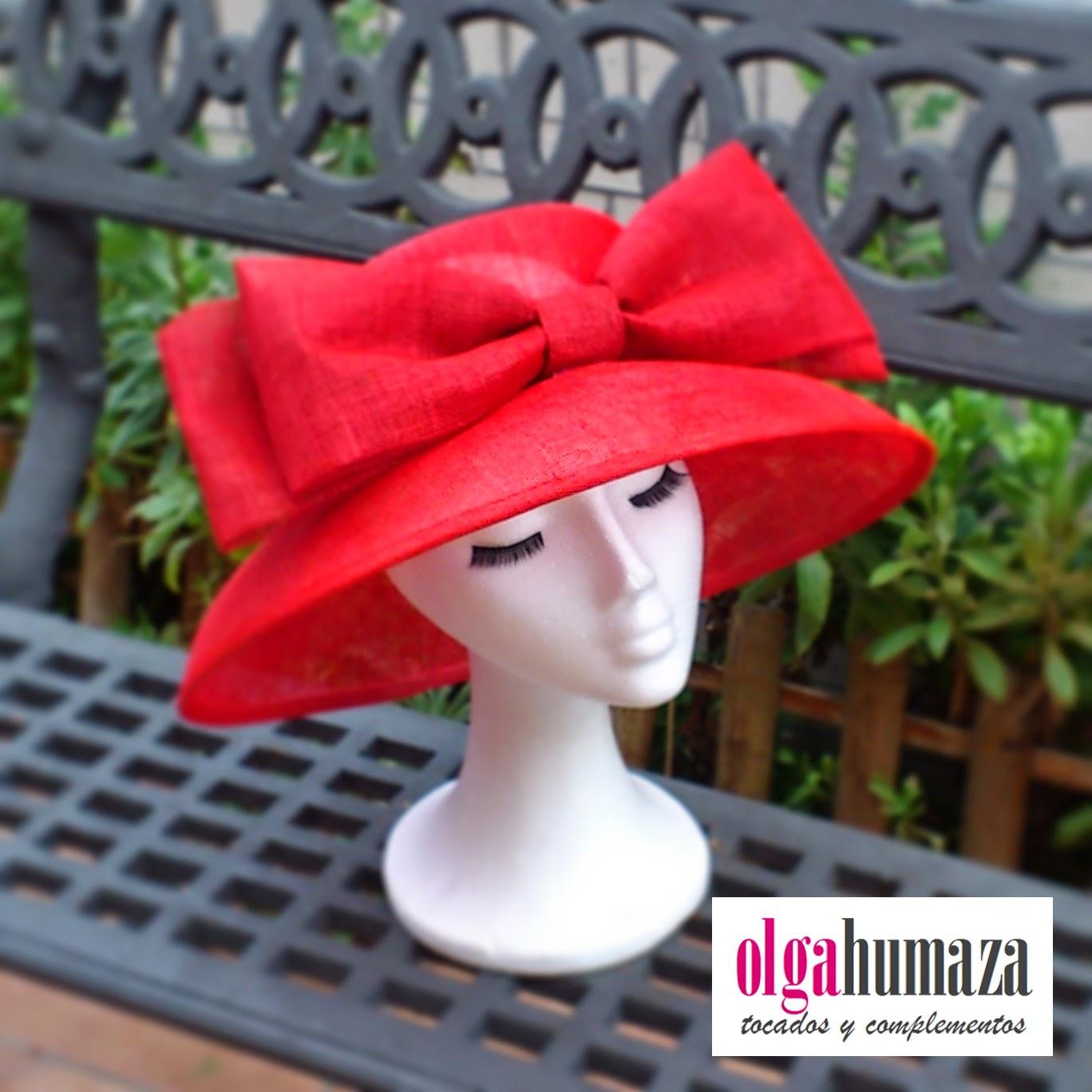 http://olgahumaza.blogspot.com.es/2015/02/b46-tocado-pamela-roja-con-lazo-juego.html